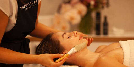 THE FACIAL HUB IN-SALON CHRISTMAS SHOPPING NIGHT