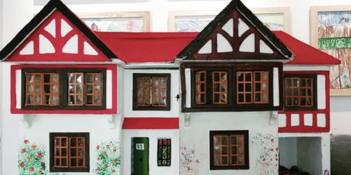 Christmas Doll's House Decorating