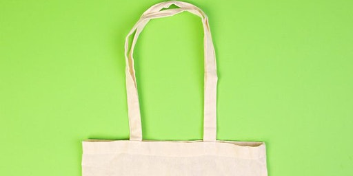 Fabric painting bags // Mini Makers