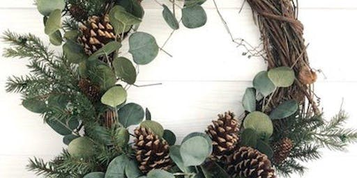 Create your own Seasonal Wreath with Sophie Kyle