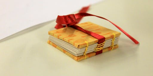 Make a Christmas Mini-Book Necklace Workshop