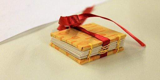 Make a Christmas Mini-Book Necklace Workshop