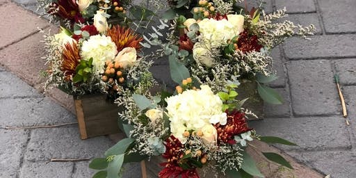 Make your own Thanksgiving Fresh Floral Centerpiece or Hostess Gift