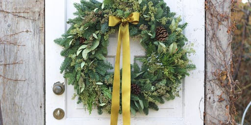 Make a Gorgeous Holiday Wreath with Antonio
