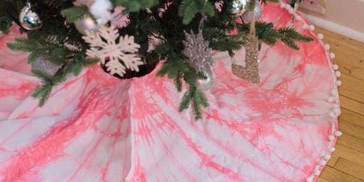Naturally Dyed Holiday Tree Skirt with Aerow