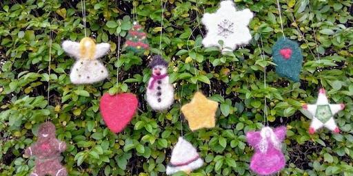 Family Felt Christmas Decorations with Laryna Wuppermann