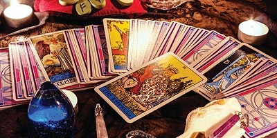 Tarot Card Reader - Monthly Circle