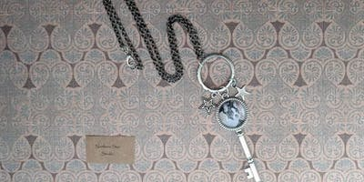 Personalized Photographic Jewelry Class