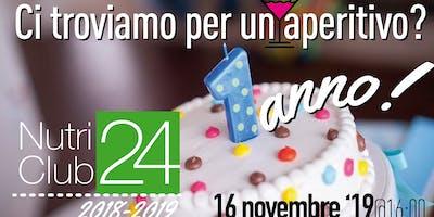 1 anno! Celebriamo il nostro impegno con un aperitivo e una fetta di torta