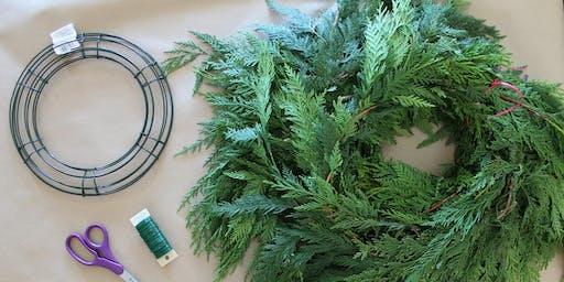 Atelier de couronne de Noël avec À la Table