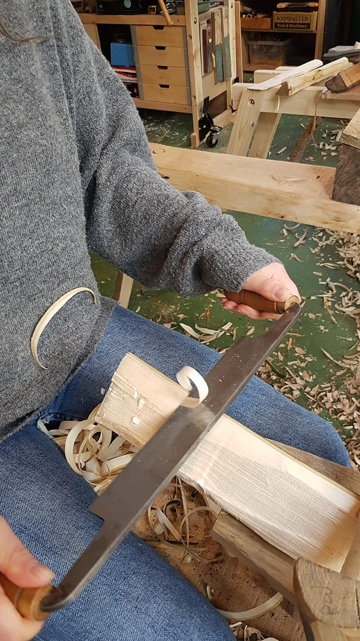 Carve an  Egg Flipper (spatula) from a greenwood l image