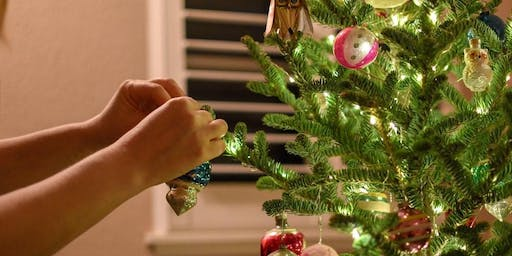 Decorate our Christmas Tree!