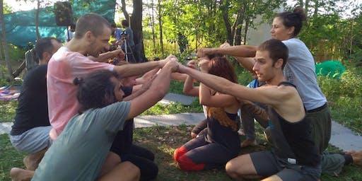 Playfight - la lotta che connette al Centro Dharma