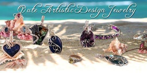 Lisa Hampton-Qualls - Qute Artistic Design Jewelry Pop Up Shop