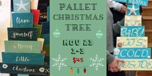 Coastal Inspired Pallet Christmas Tree