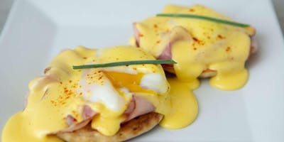 Perfect Eggs Benedict - Cooking Class by Golden Apron™