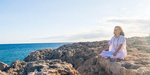 The Pallas x HudCo: Kundalini Yoga To Build Intuition