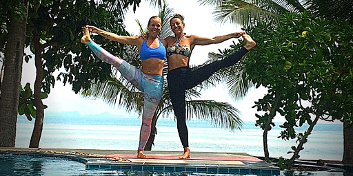 Hooping Yogis - Hula Hoop and Yoga Retreat
