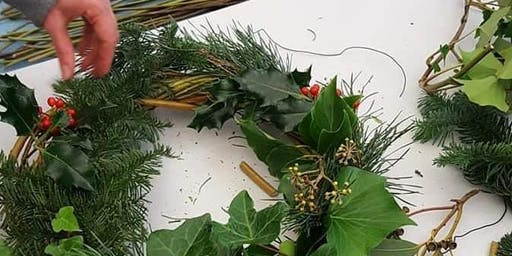 Willow wreath making with Sabine Wolniczak