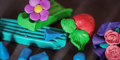 Clay Modelling Workshop (8 to 15 years) at Dundas Library