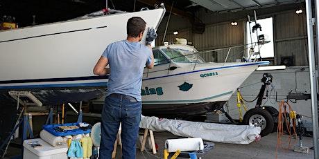 Réparation de fibre de verre sur un bateau de plaisance (20-40) billets