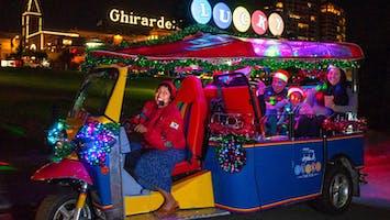 """Holiday Lights and Sites"": Lucky Tuk Tuk Tour"