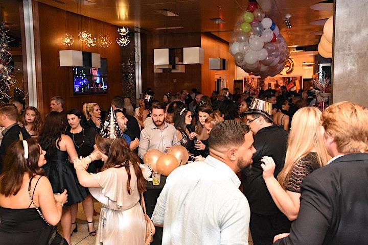 Gatsby's Manor    a themed  NYE 2020 celebration image