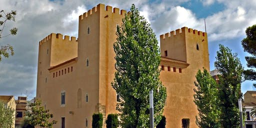 "Visit a Valencian ""pueblo"" close to the city center"