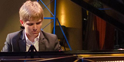 Noah Waddell in Concert