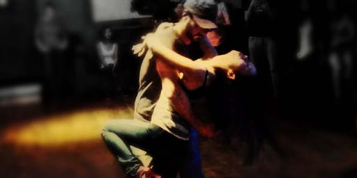 Bachata Social | DJ, Dancing  and  Dance Lessons