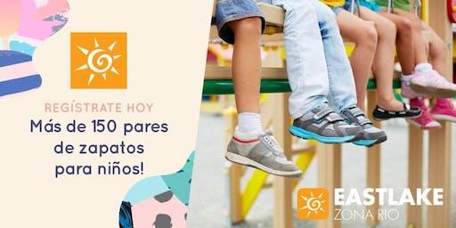 Entrega de Zapatos para niños en Iglesia Eastlake Zona Rio