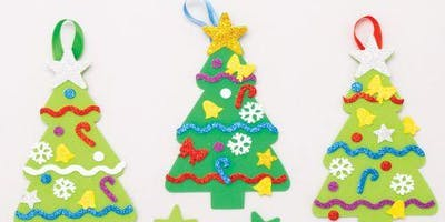 Decorate Christmas Tree Craft Session at Leytonsto