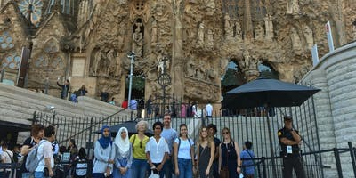 Walking tour: Barrio de la Sagrada Familia