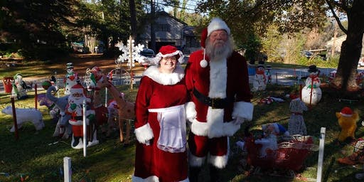 SANTA AND MS CLAUSE ARRIVES
