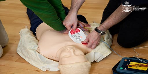 Emergency First Aid at Work (1 Day) with AED bolt-on