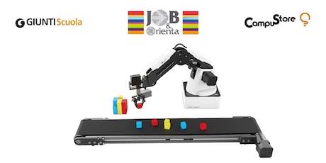 Dobot: un braccio robotico multifunzione a lezione biglietti