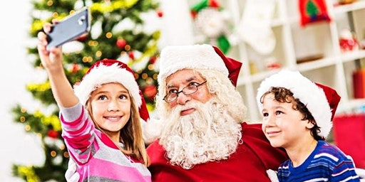 Selfies with Santa R25