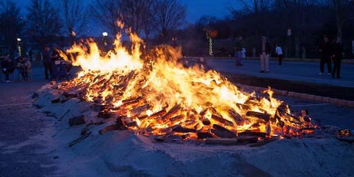 Downtown Riverhead's 20th  Annual Holiday Parade & Bonfire