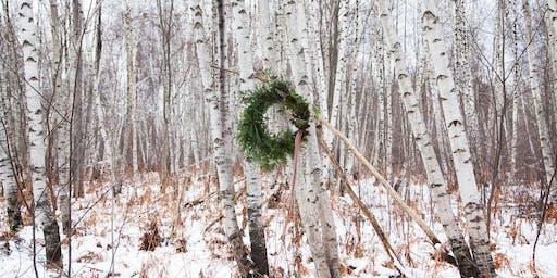 Couronne de Noël, feuillage naturel et fleurs séchées / Bouche Bée