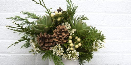 Morning Makers: Holiday Floral Arrangement with Alice's Table
