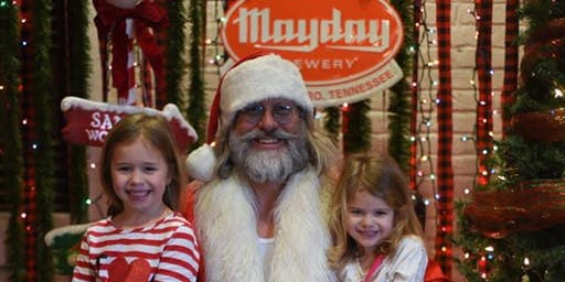Santa Pictures & Brunch with Cracker Barrel