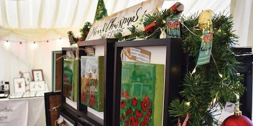 Pop-up festive showcase
