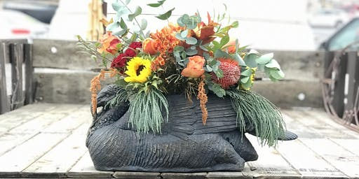 Feast your eyes on this Turkey! A Thanksgiving Flower Workshop