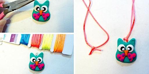 Make a Polymer Clay Necklace (7-10 años)