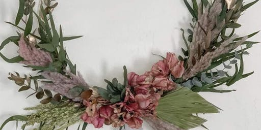Wreath Making Workshop. Bellinis.Bites