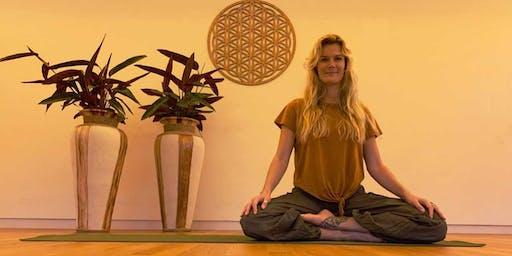 Yoga in de kas