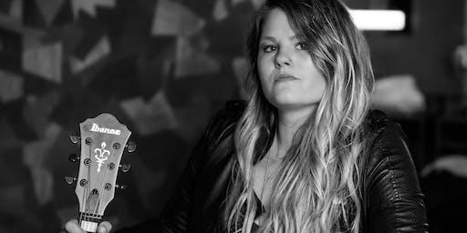 Lauren Anderson at The Famous Mockingbird