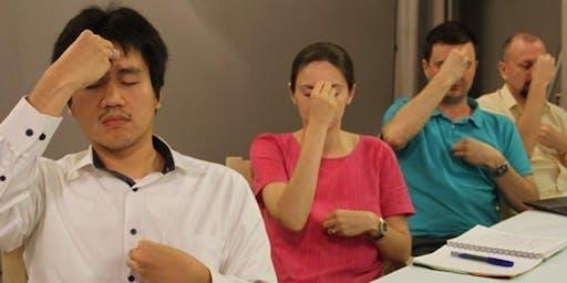 Pelajari cara mengenali vibrasi negatif dan mengatasi dampaknya