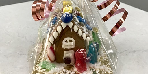 MINI GINGERBREAD HOUSE DECORATING GROUP