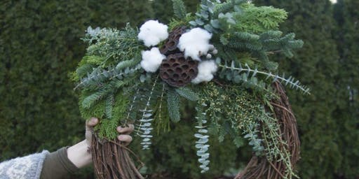 Radiant Wreaths for the Holidays at Mr. Dooley's Cohasset with Alices Table